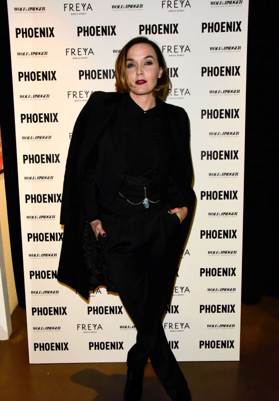 """Victoria Pendleton – Wolf & Badger and Phoenix """"A Celebration of Independence"""" Party at LFW"""