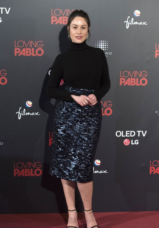 "Aida Folch – ""Loving Pablo"" Premiere in Madrid"