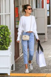 Alessandra Ambrosio - Shopping in Los Angeles 03/12/2018
