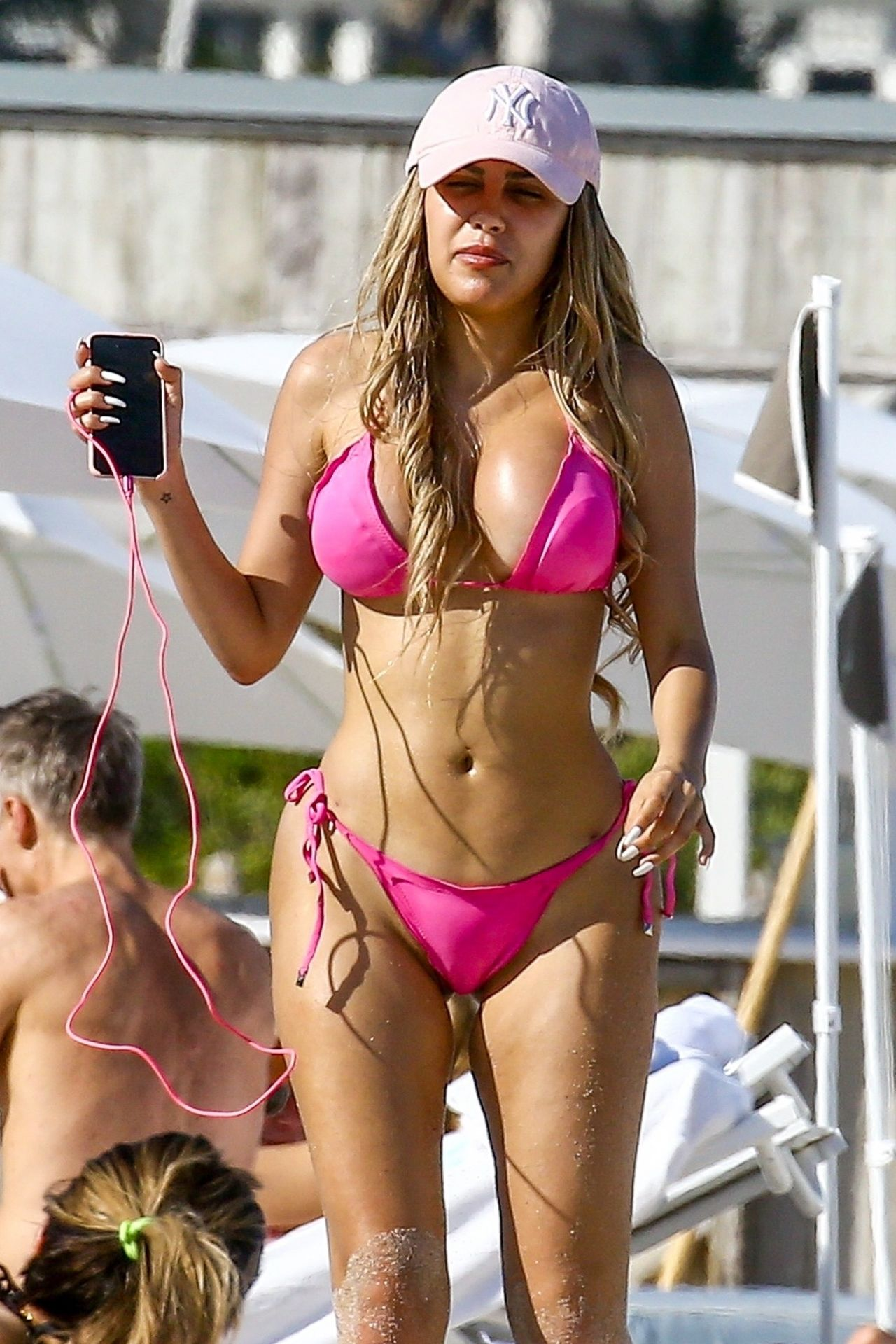Com pink bikini #6