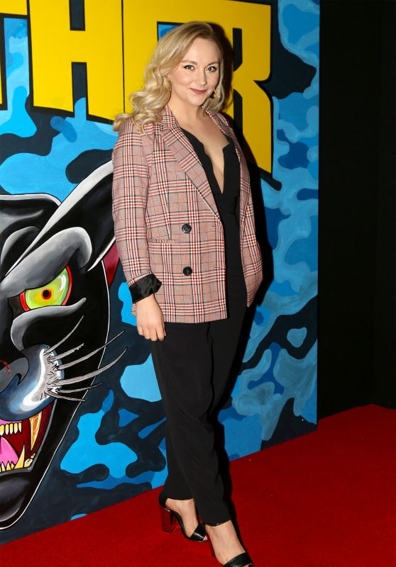 """Alice Feetham – """"Walk Like A Panther"""" Premiere in Manchester"""