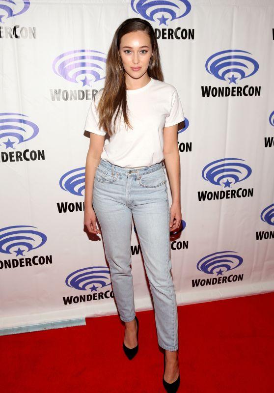 Alycia Debnam Carey – WonderCon at Anaheim Convention Center in Anaheim 03/24/2018