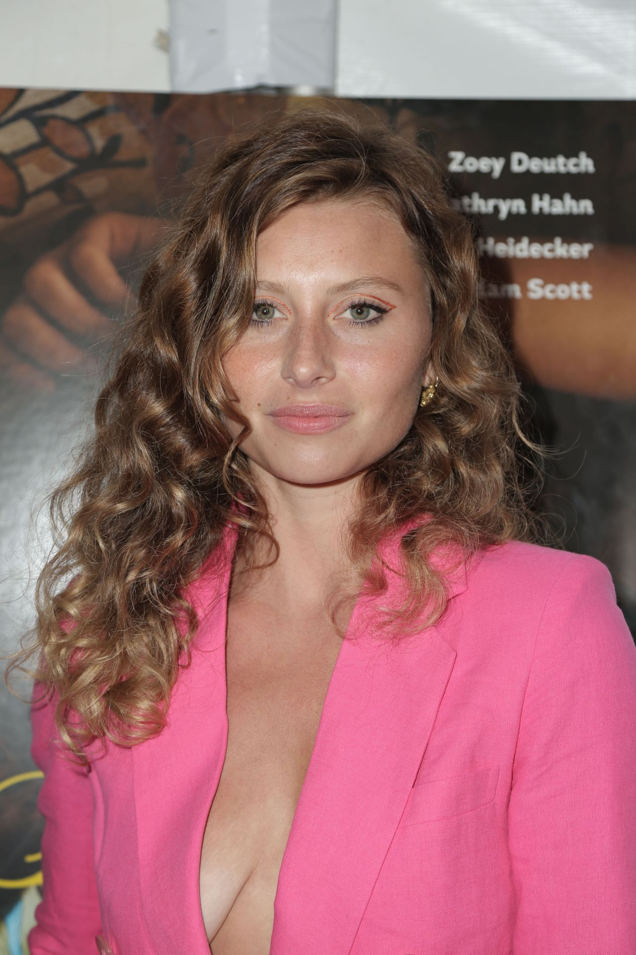 Alyson aly michalka flower premiere in los angeles