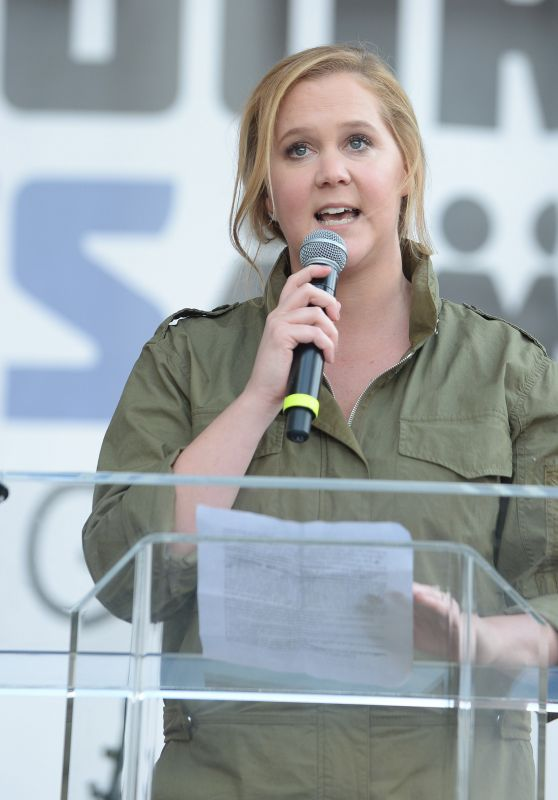 "Amy Schumer – Meet Up at the Anti-Gun ""March For Our Lives"" Rally in LA"
