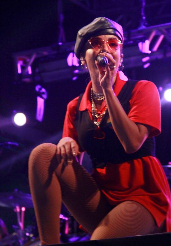 Anitta Performing in Rio De Janeiro 03/17/2018