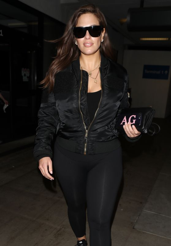 Ashley Graham in all Black - Arrives in Los Angeles 03/12/2018