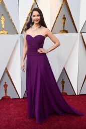 Ashley Judd – Oscars 2018 Red Carpet