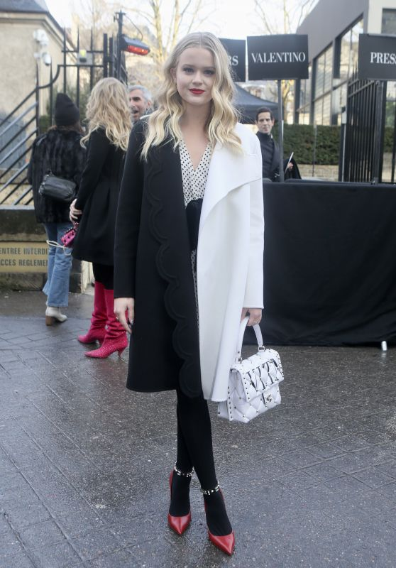 Ava Phillippe - Arriving at Valentino Show FW18 in Paris