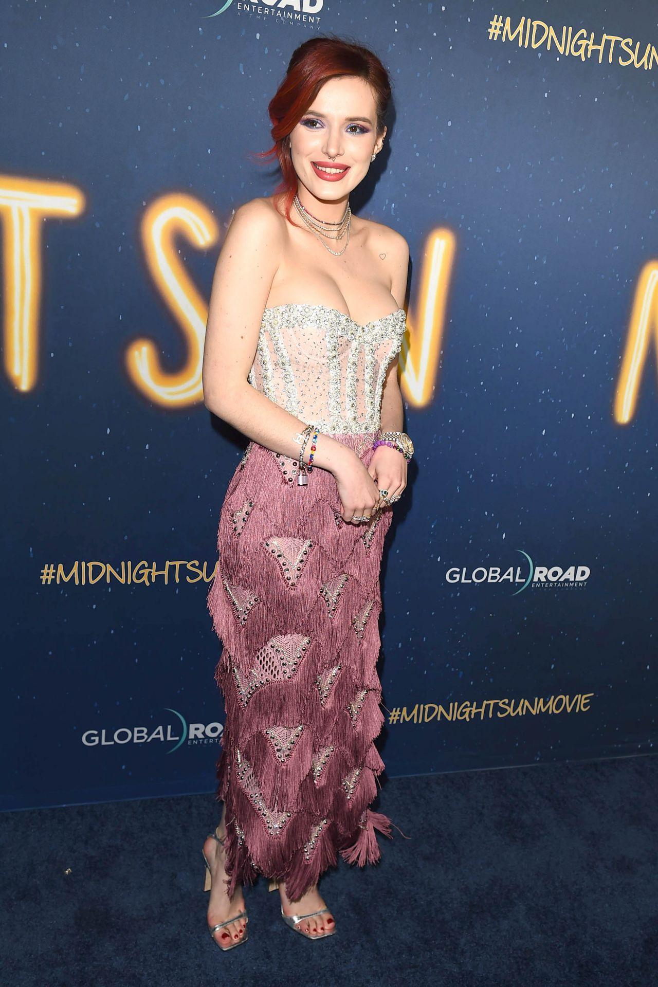 Bella Thorne Quot Midnight Sun Quot Premiere In Los Angeles