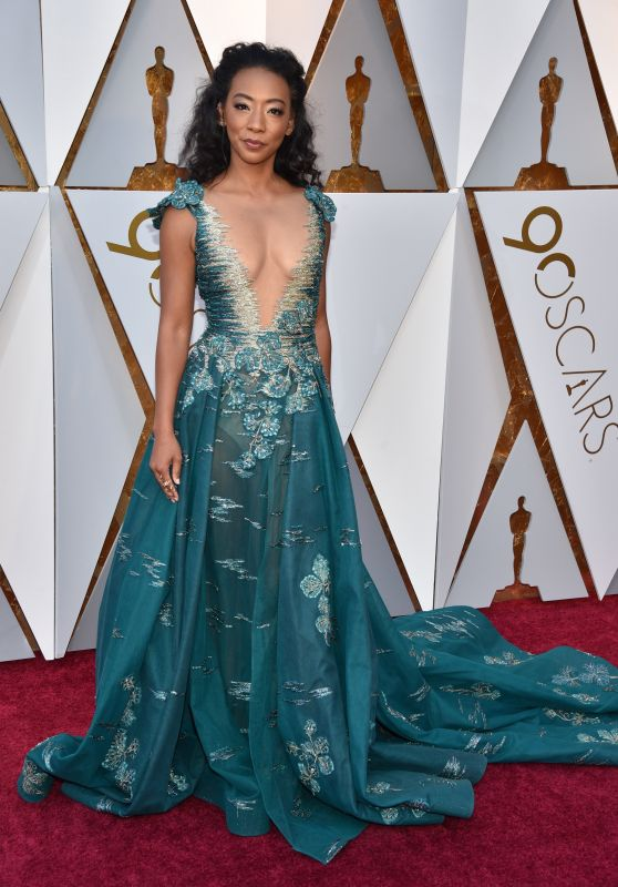 Betty Gabriel – Oscars 2018 Red Carpet
