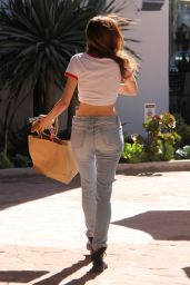 Blanca Blanco in Ripped Jeans and Skimpy Tee  - Shopping in Malibu 03/28/2018