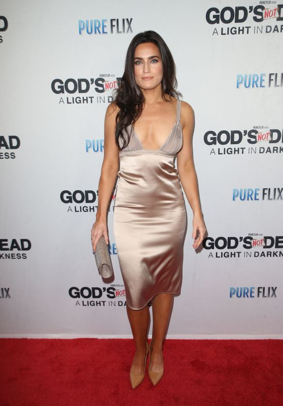 """Caitlin Leahy – """"God's Not Dead: A Light in Darkness"""" Premiere in LA"""