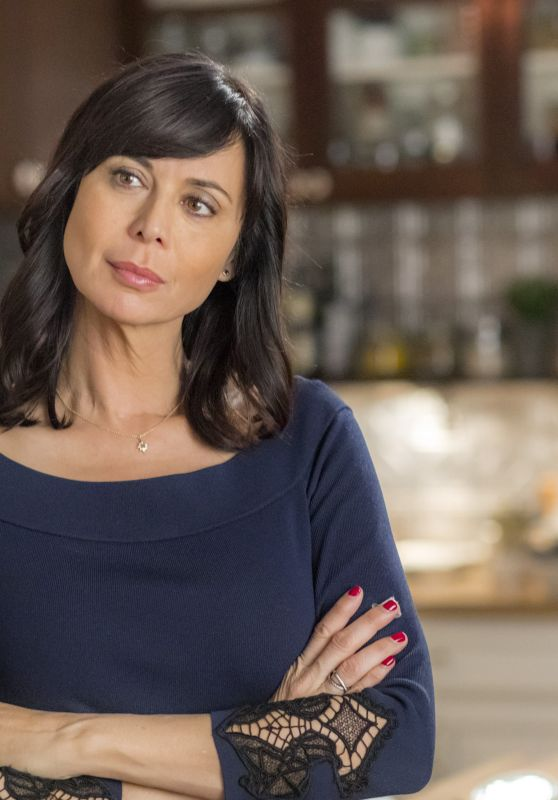 "Catherine Bell - ""Good Witch"" Season 4 Poster and Photos"