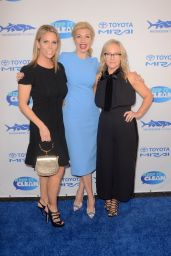 Cheryl Hines – Keep It Clean Love Comedy Benefit for Waterkeepers Alliance in Los Angeles