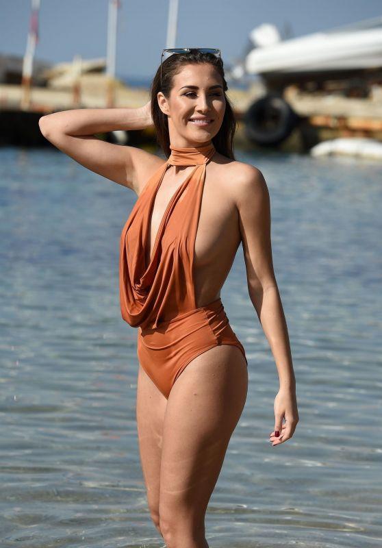 Chloe Goodman in Swimsuit - Holiday on the Beaches of Dubai