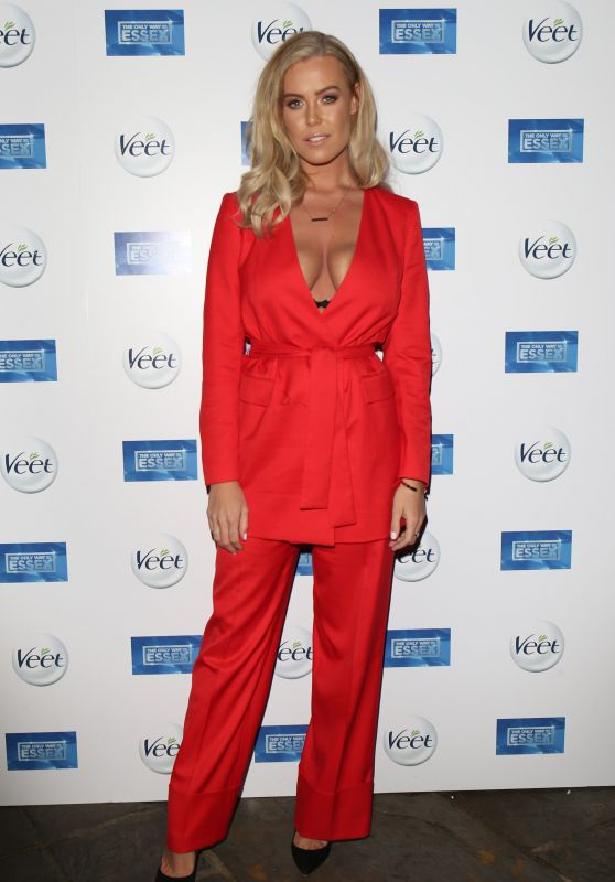"""Chloe Meadows – """"The Only Way Is Essex"""" TV Show Premiere in Chigwell"""