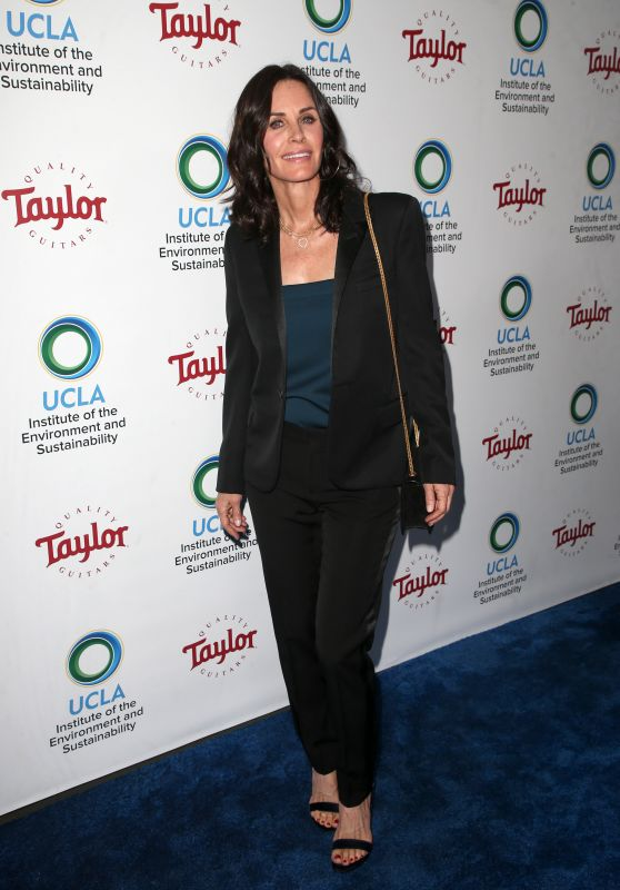 Courteney Cox – UCLA's Institute of the Environment and Sustainability Gala in LA