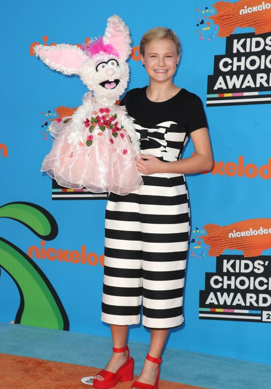 Darci Lynne Farmer – 2018 Nickelodeon Kids' Choice Awards