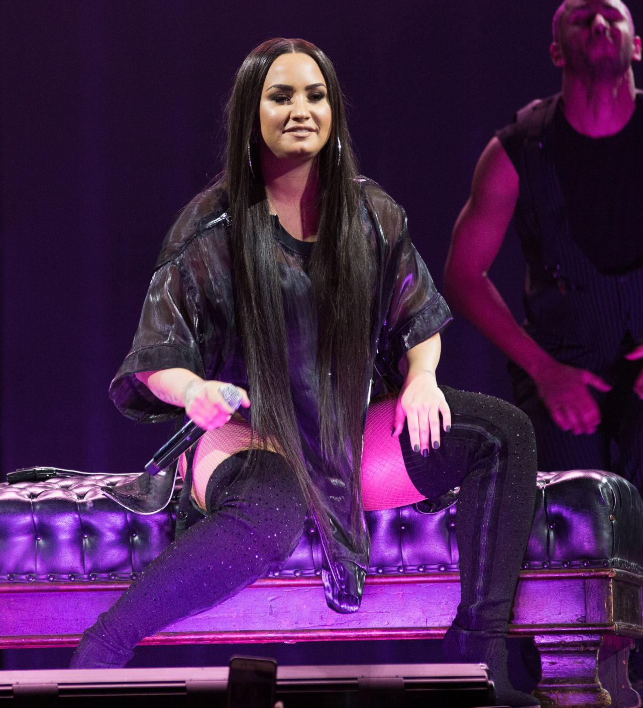 Demi Lovato Performs Love World Tour Barclay Center Nyc
