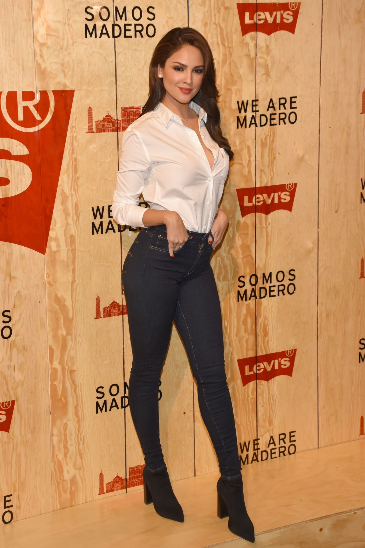Eiza Gonzalez Levi S Store Opening In Mexico City 03 22 2018