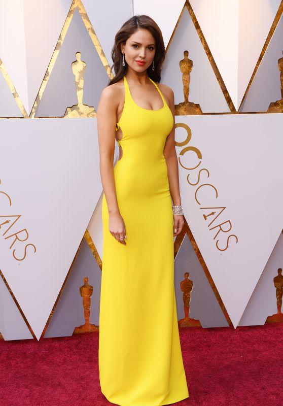 Eiza Gonzalez Oscars 2018 Red Carpet