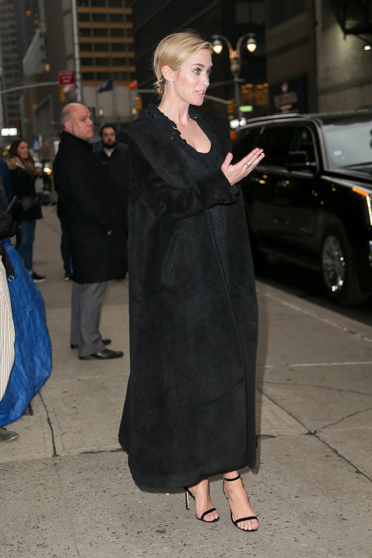 emily-blunt-outside-the-late-show-with-stephen-colbert-in-nyc-03-29-2018-6.jpg