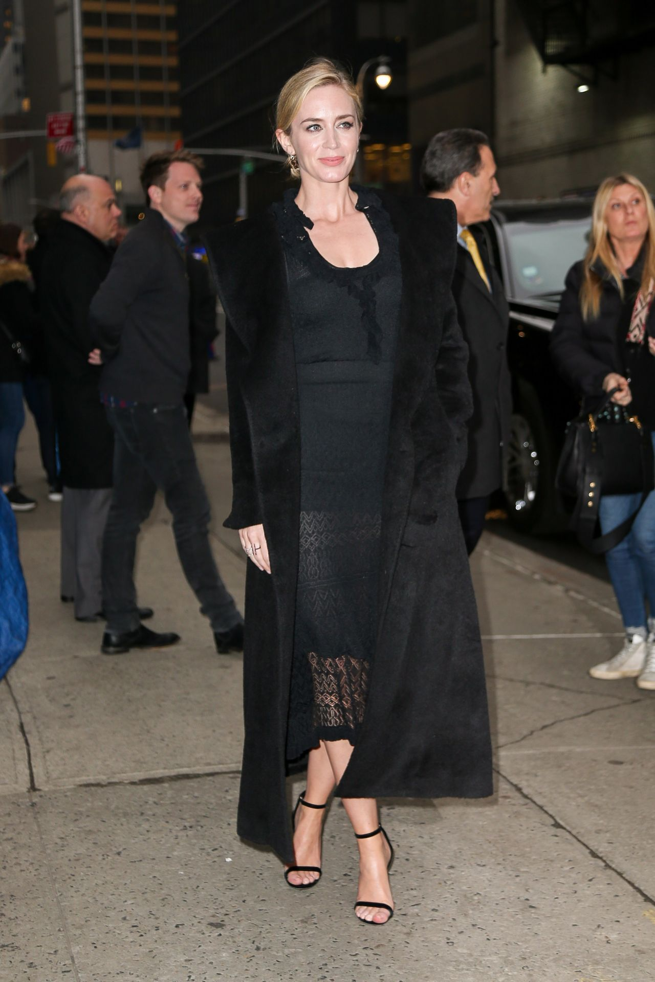 emily-blunt-outside-the-late-show-with-stephen-colbert-in-nyc-03-29-2018-9.jpg