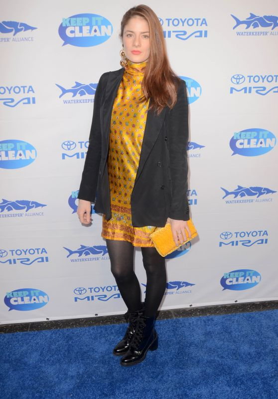 Emily Tremaine – Keep It Clean Love Comedy Benefit for Waterkeepers Alliance in Los Angeles