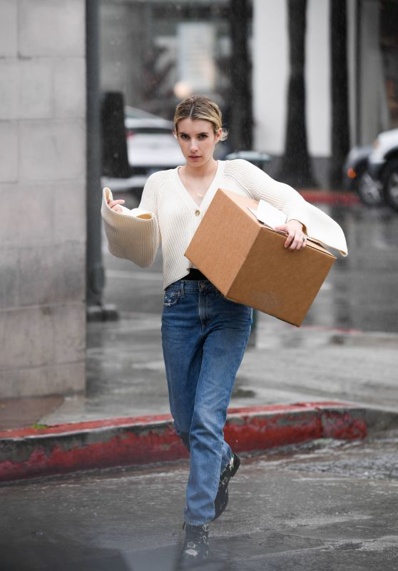 Emma Roberts - Pick up a Package at UPS in LA 03/22/2018
