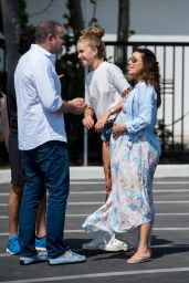 Eva Longoria - Enjoys Sunday Afternoon in Miami 03/18/2018
