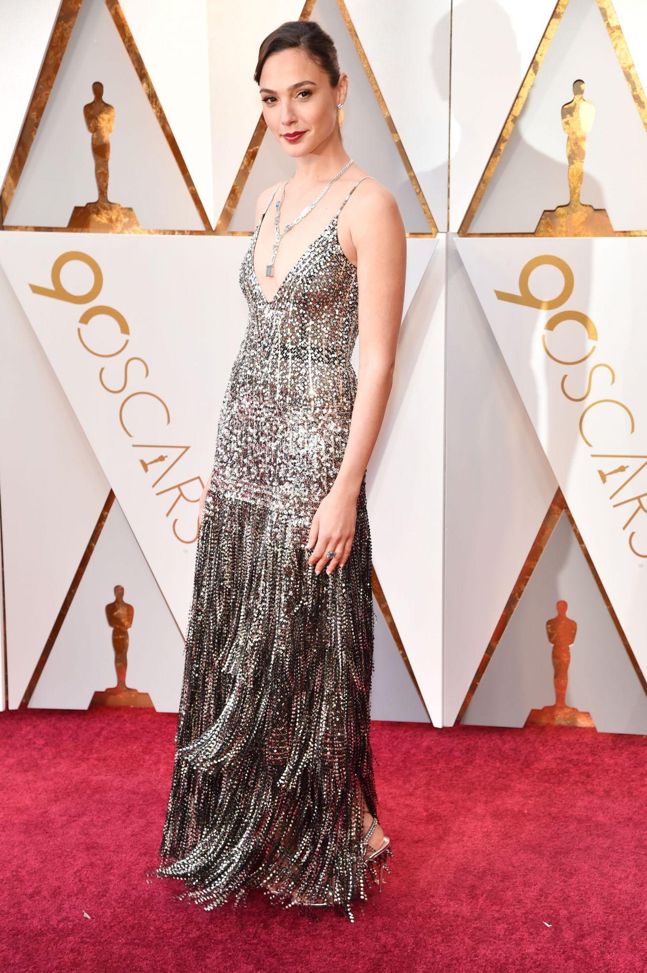 Gal Gadot Oscars 2018 Red Carpet