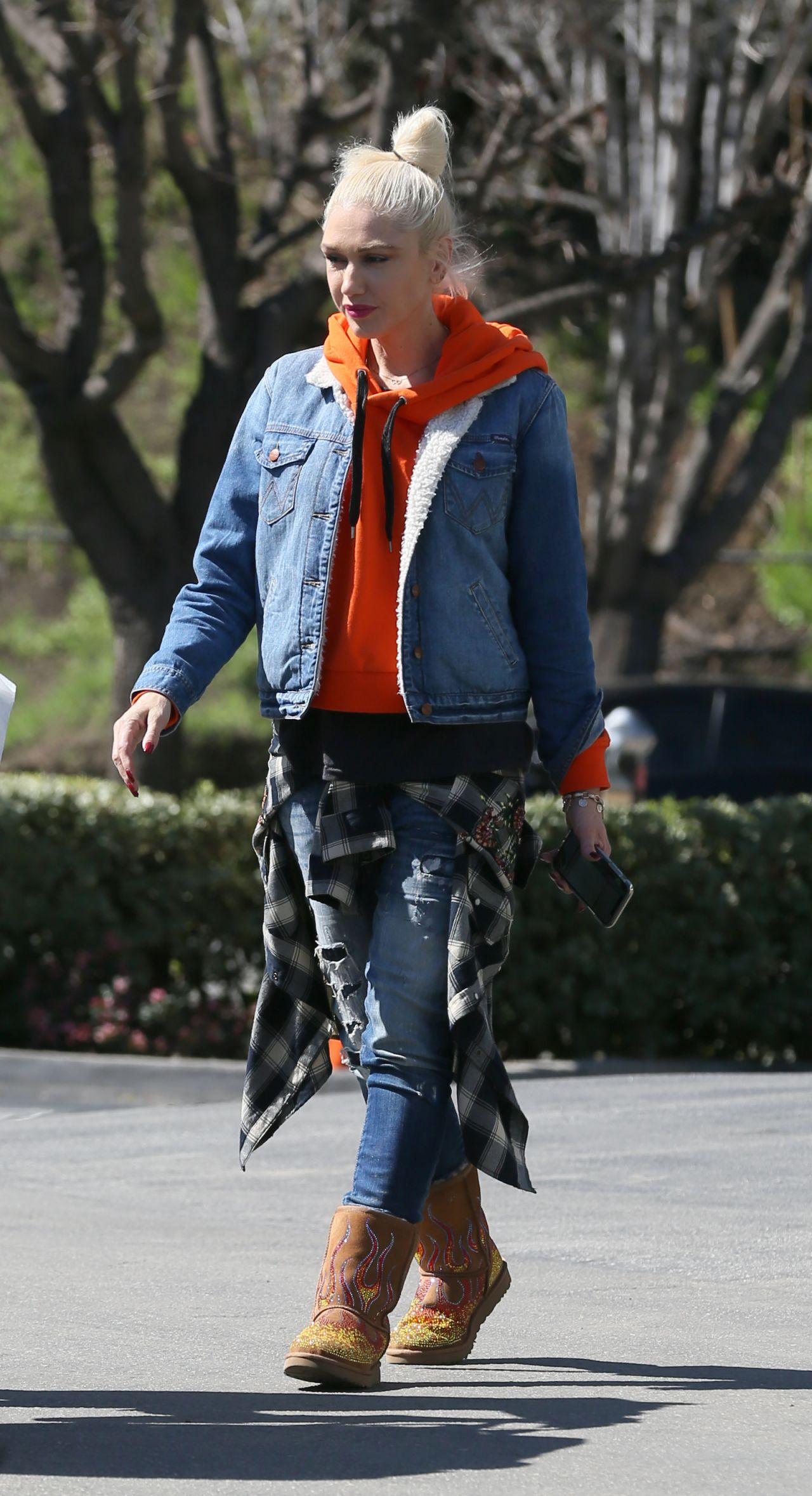 Gwen Stefani Urban Street Style , Los Angeles 03/15/2018