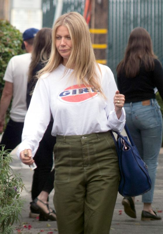 Gwyneth Paltrow Leaving a Business Meeting in Los Angeles 03/12/2018
