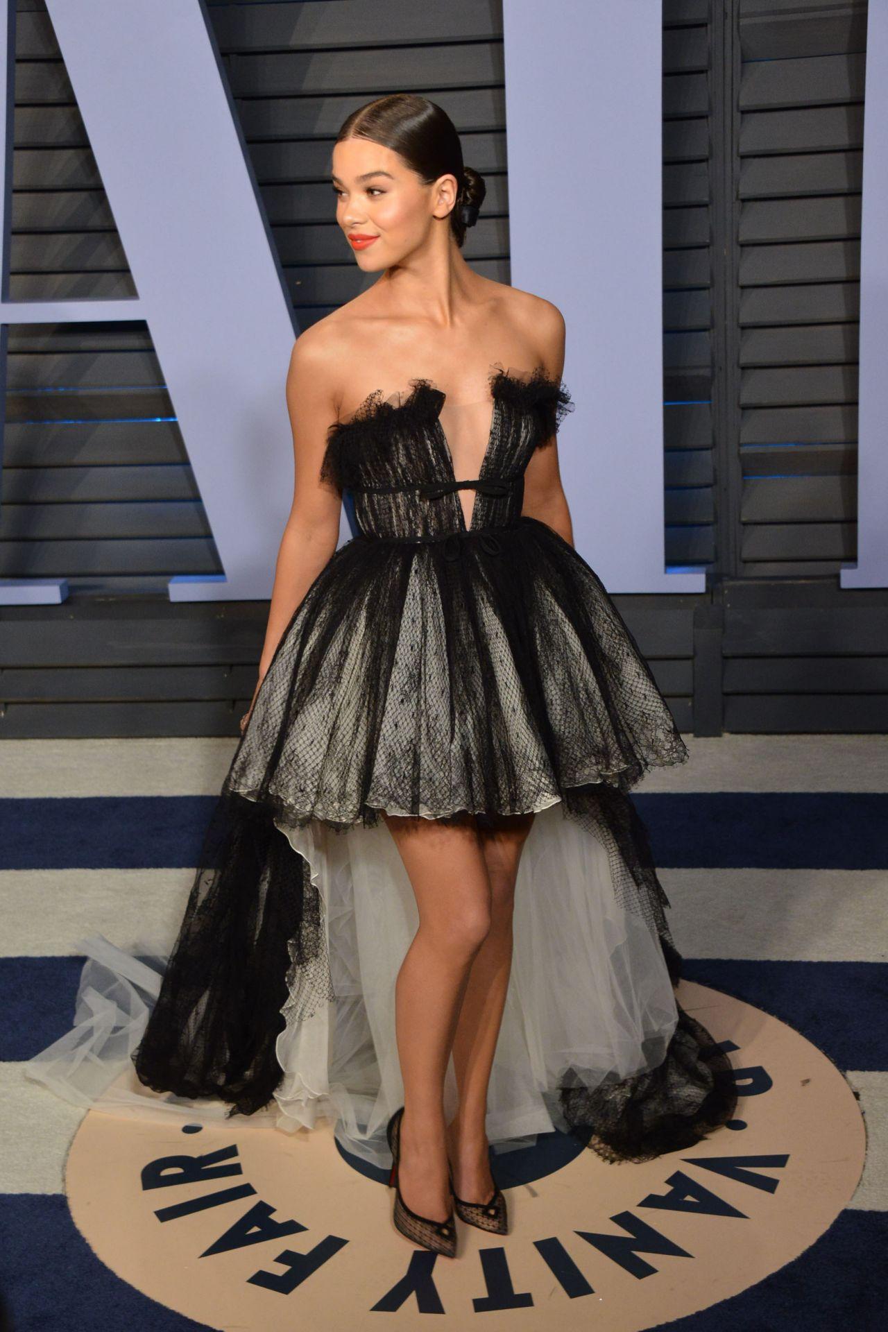 Hailee Steinfeld 2018 Vanity Fair Oscar Party In Beverly