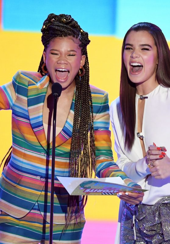 Hailee Steinfeld and Storm Reid – 2018 Nickelodeon Kids' Choice Awards