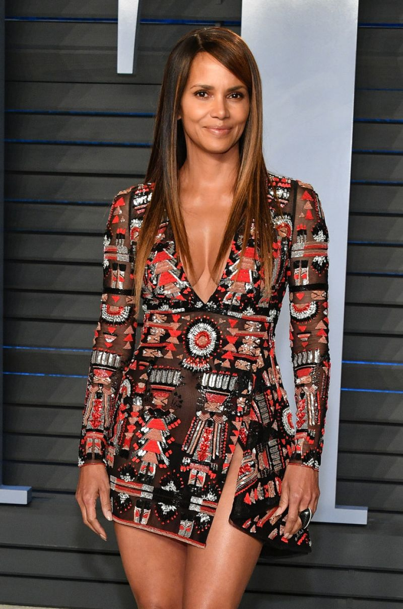 Halle Berry 2018 Vanity Fair Oscar Party In Beverly Hills