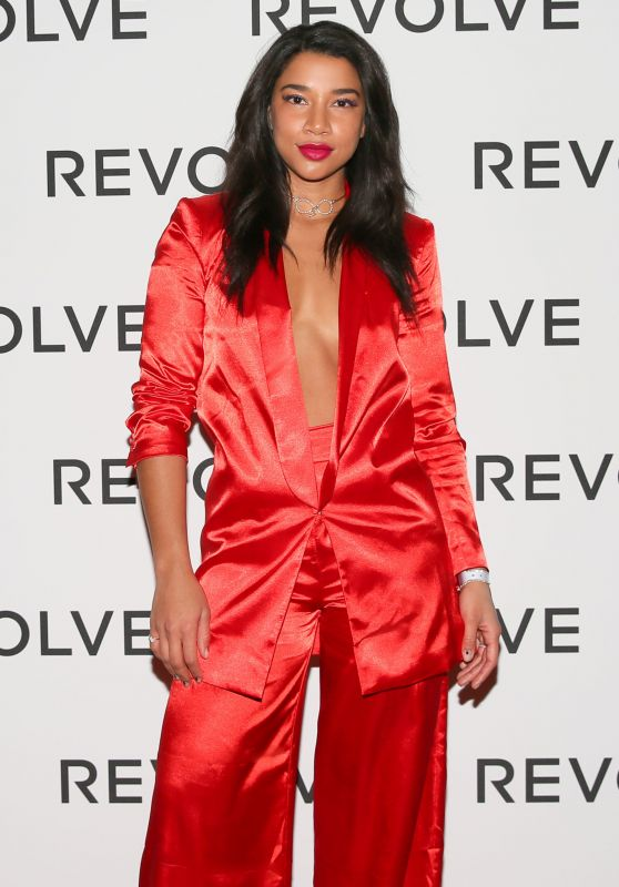 Hannah Bronfman – Camila Coelho's 30th Birthday Party in Paris
