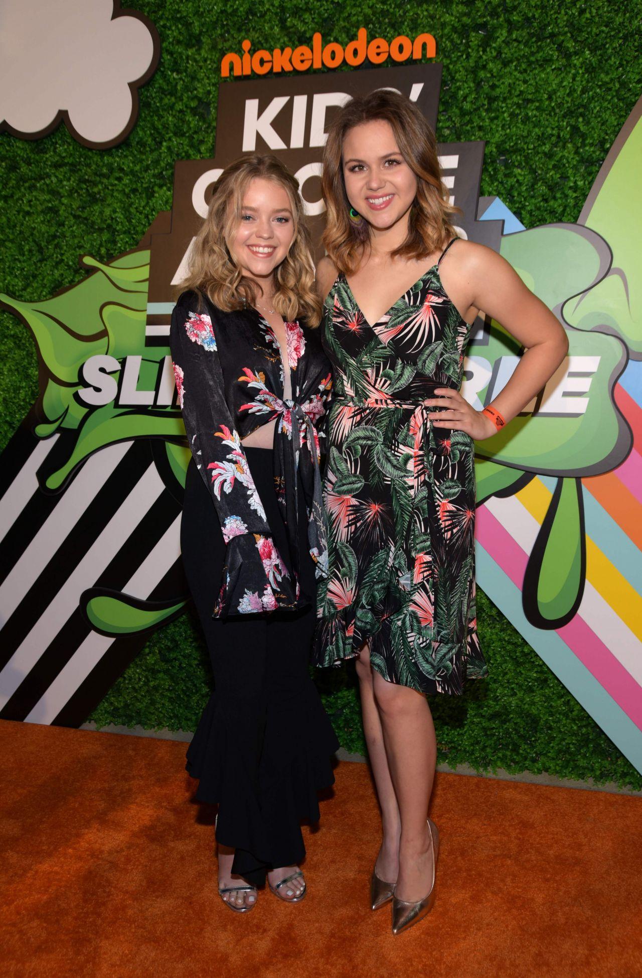 Isabella Acres 2018 Kids Choice Awards