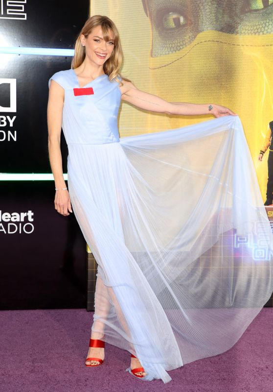 """Jaime King – """"Ready Player One"""" Premiere in Los Angeles"""