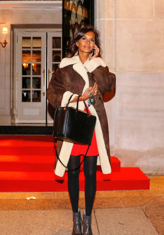 Karine Le Marchand Style - Leaving the Four Seasons Hotel in Paris