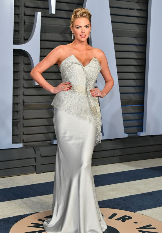 Kate Upton – 2018 Vanity Fair Oscar Party in Beverly Hills