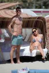 Katie Waissel in a Striped Bikini With Boyfriend Andy Speer on the Beach in Miami 03/14/2018