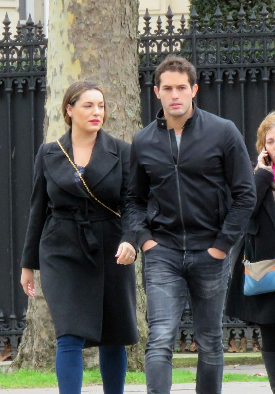 Kelly Brook and Jeremy Parisi - Strolling in Paris 03/30/2018