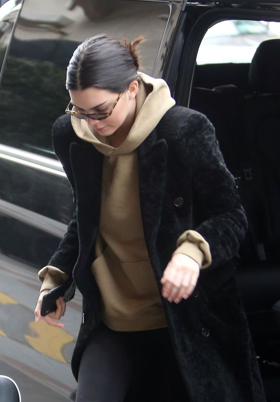 Kendall Jenner - Out in Paris 03/19/2018