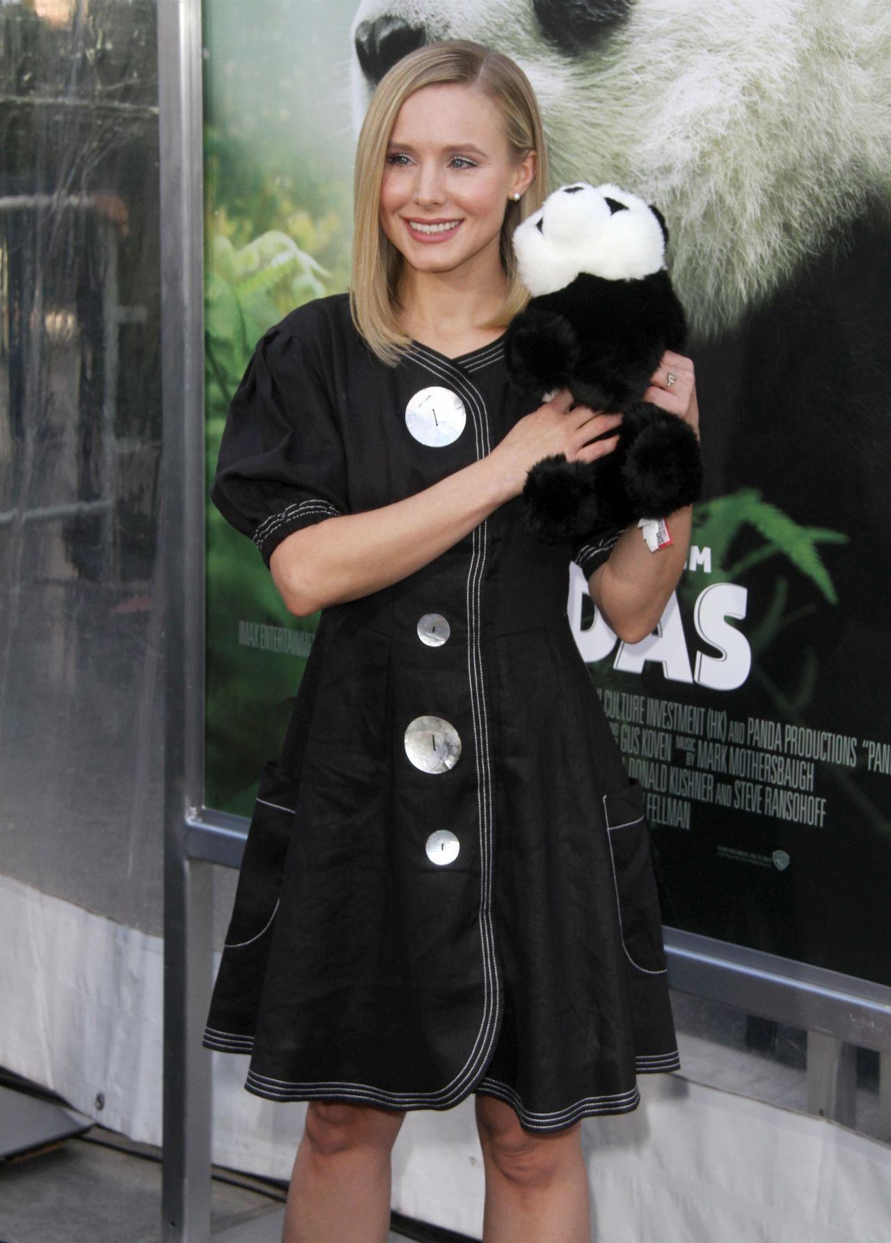 http://celebmafia.com/wp-content/uploads/2018/03/kristen-bell-pandas-premiere-in-hollywood-11.jpg