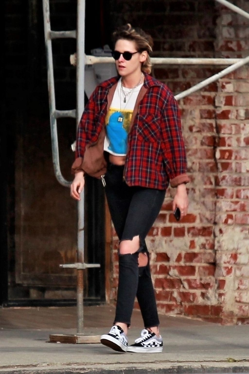 Kristen Stewart Street Style Runs Errands In La 03 10 2018