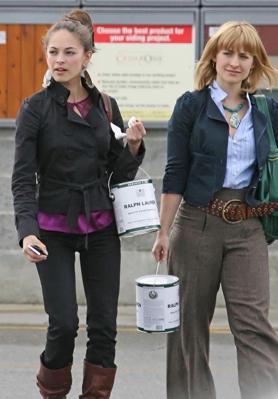 Kristin Kreuk and Allison Mack - Shopping in Vancouver 03/29/2018