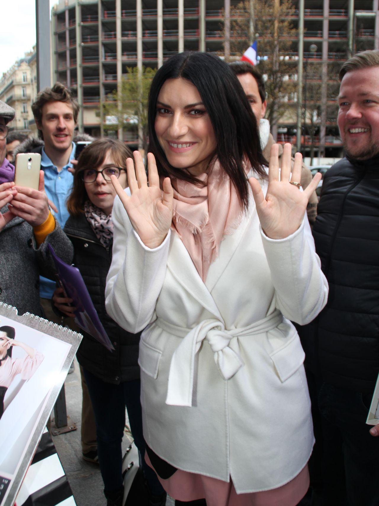 http://celebmafia.com/wp-content/uploads/2018/03/laura-pausini-leaves-a-hotel-in-paris-03-29-2018-2.jpg