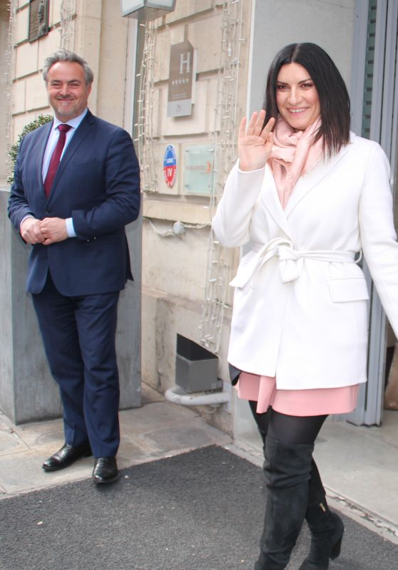 Laura Pausini - Leaves a Hotel in Paris 03/29/2018