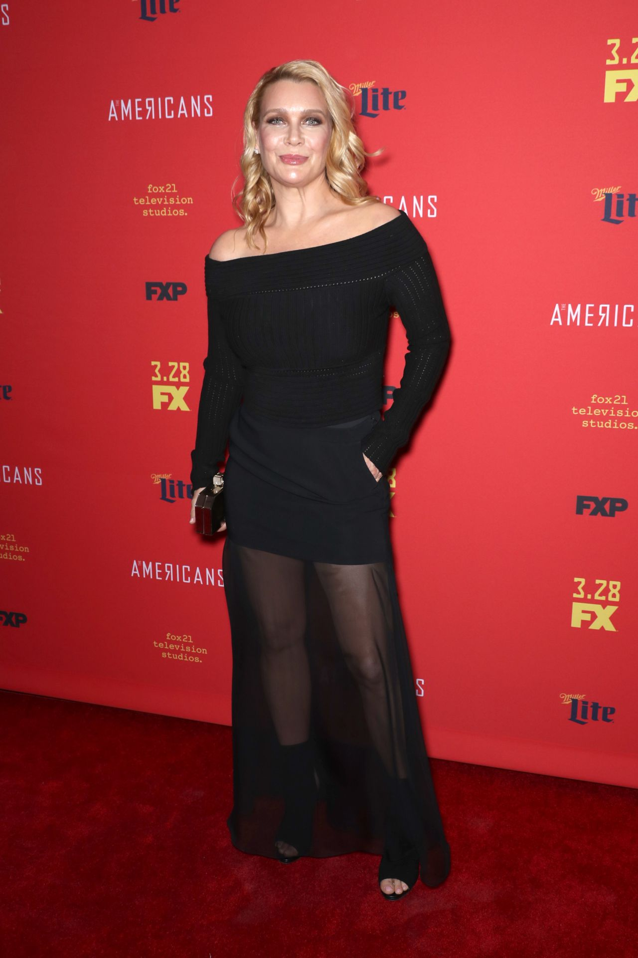 Laurie Holden Quot The American S Tv Show Premiere In Ny